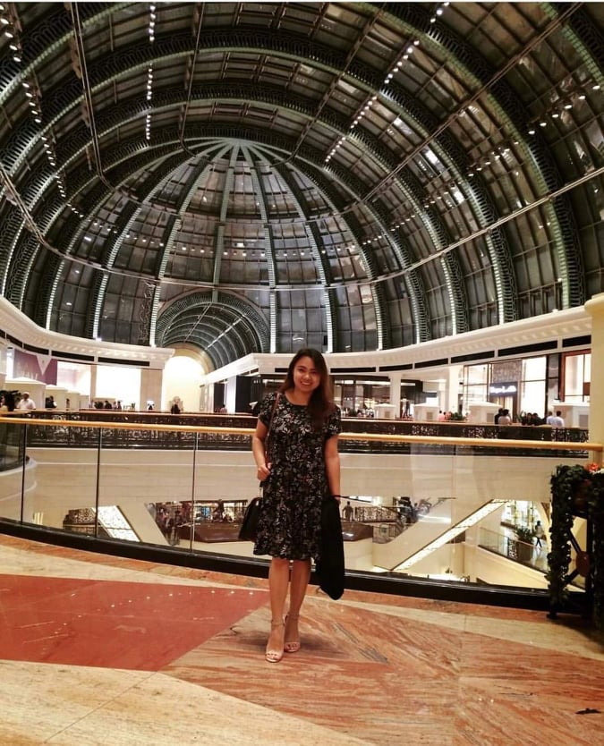LIVING LIFE TO THE FULLEST. Aya shown here in Mall of Emirates in Dubai. | Photo taken with permission from Aya Gamboa's Facebook page